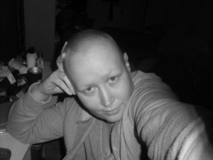 No make up, but rocking the Telly Savalas look!!