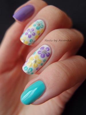 http://arvonka-nails.blogspot.sk/2013/03/jarne-kvietky.html