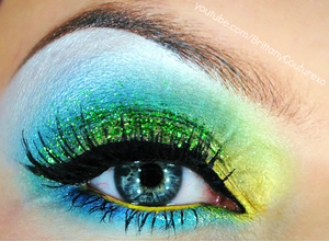 *Learn how to get this look!!*  WATCH THE VIDEO TUTORIAL HERE:  http://youtu.be/7z0ynLvq2MQ