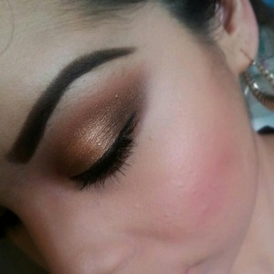 a nice gorgeous bronze eye for a date night!