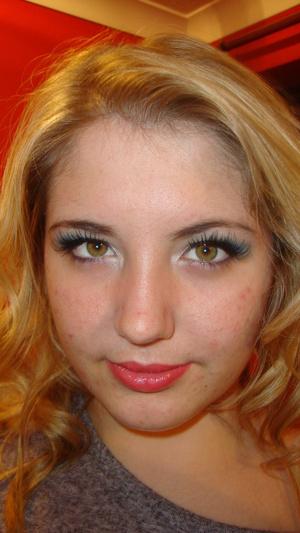 Alice in Wonderland Makeup, modelled by my friend Jordan