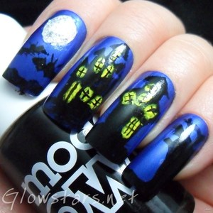To find out more about this mani visit http://glowstars.net/lacquer-obsession/2012/10/haunted-house