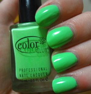Color Club's Twiggie from the Poptastic Collecion. I love this colour so much. I had some application issues and its actually a touch lighter but still just as vibrant in real life :)