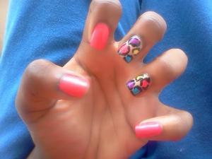 some fun, quick cheetah print nails