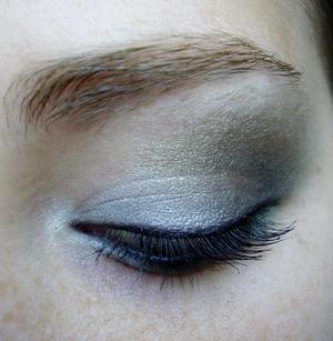 slytherine inspired eyeshadow harry potter house series