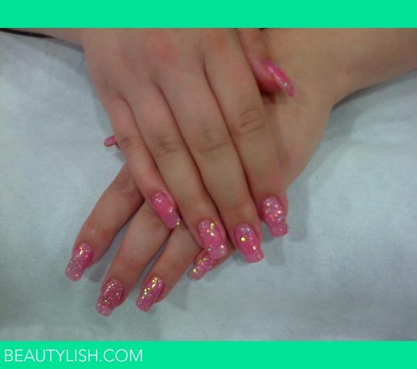 Sparkly Pink Gel Nails   Clare E.\'s (clareelisesparkles) Photo ...