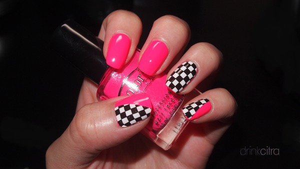 Checkered And Pink Traci S S Drinkcitra Photo