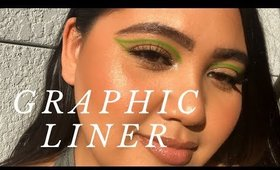 Green Graphic Liner