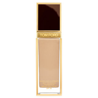 Shade & Illuminate Soft Radiance Foundation SPF 50 6.5  Sable