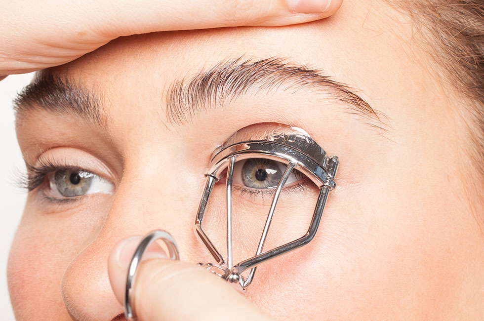 How To Curl Lashes The Right Way Beautylish