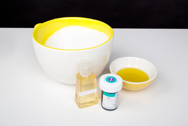 DIY Scented Bath Salts in 3 Minutes! | Beautylish