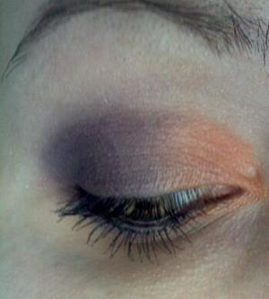 Super quick Halloween eyeshadow look - because I'm going to a haunted hayride and house tonight :)  (Bobbi Brown color Royale, Bare Escentuals color Sun)