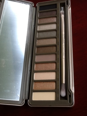 NAKED2, Just got it today :) color is nice and not the same as previous NAKED (1)