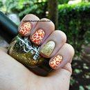 Orange Leopard W/ Gold Accent Nail