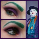 joker purple and green eye