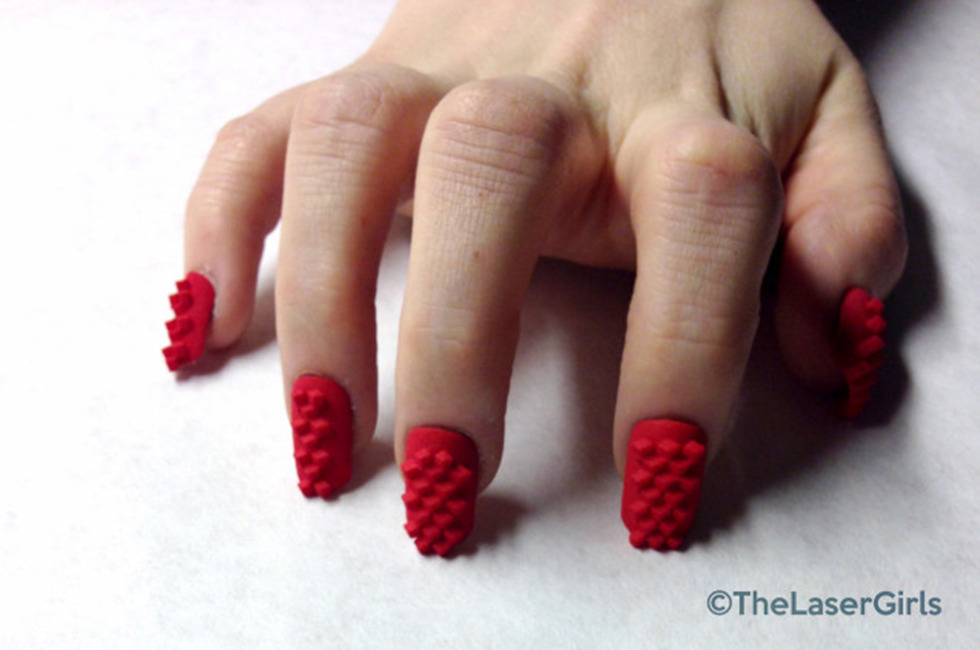 The Coolest New Manis Aren T Painted They Re 3 D Printed Beautylish