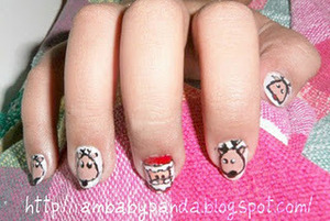 to see how to make it, go to http://iambabypanda.blogspot.com/2011/12/mani-monday-santa-and-reindeer-tutorial.html