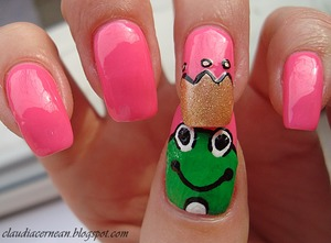 Tutorial on : http://claudiacernean.blogspot.ro/2013/02/unghii-cu-broscuta-frog-nails_15.html