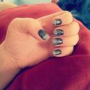 Black     Glitter fade nails