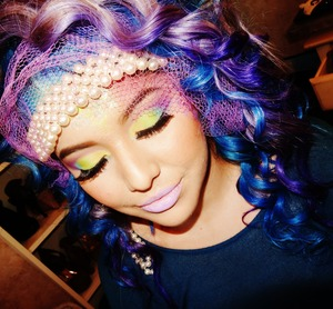 Add me on instagram @makeupbyriz for more pictures.