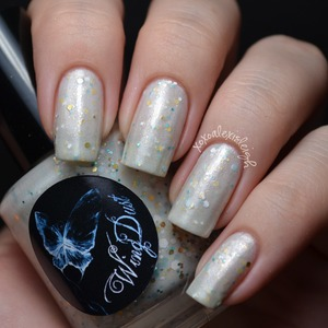 3 coats http://www.etsy.com/shop/WingDustCollections