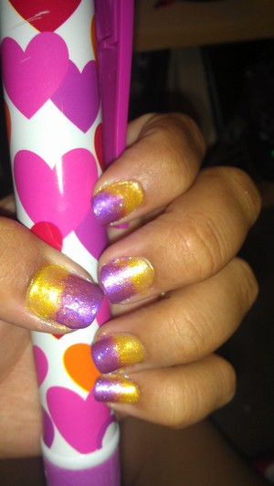 YELLOW TRANSITIONING INTO PURPLE LOVE THESE COLORS. THEY REMIND ME OF THE LA LAKERS COLORS