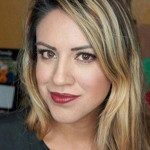 Holiday Makeup tutorial https://youtu.be/4uzQZrZs7Y4