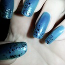 Blue Moon nail art