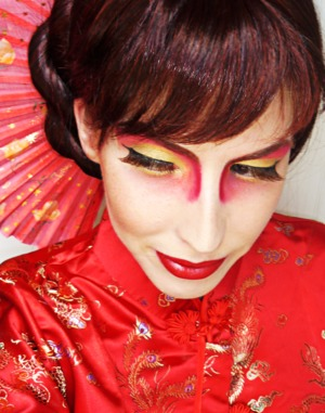 Traditional Chinese makeup with a twist