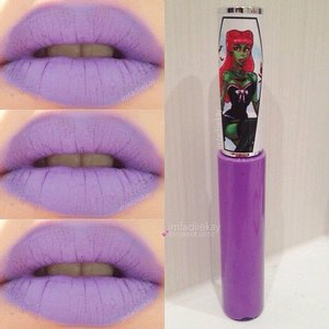 Lips swatches Pretty Zombie Cosmetics liquid lipstick in Potion #9.