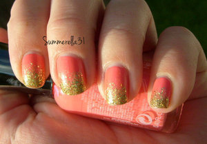 Sally Hansen Xtreme Wear Coral Reef and China Glaze Blonde Bombshell