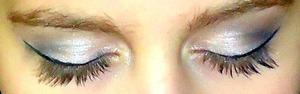 pin up girl eyes