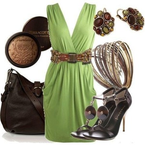 Love the green, summer dress it's a all round dress date work ab everyday