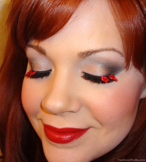 For more info on products used, please visit: http://www.vanityandvodka.com/2013/08/tied-with-bow.html Lashes: Modcloth.com xoxo, Colleen
