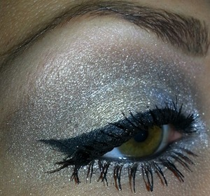 These shadows i used here are from the Urban Decay Glinda palette from the Oz collection.