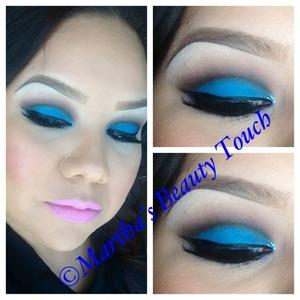 Bright eyeshadow  Martha's Beauty Touch