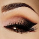 Soft Dark Eye Makeup