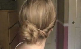 3 Minute Bun for Back to School!
