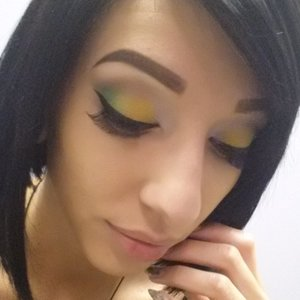 Trying to get back into fun makeup. lack of time has made my makeup routine boooooring. yellow n green look using some cheap-y palette I got at rainbow for $3