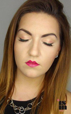 Subtle eyes, long lashes, glitter eyeliner and fuchsia lipstick