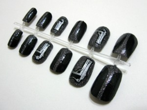 My friend is gonna be a sexy SWAT girl for Halloween. These are the nails I made for her!