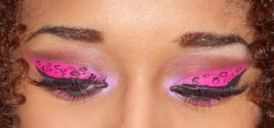 pink leopard eyes up close http://superbeautyguru.hostei.com