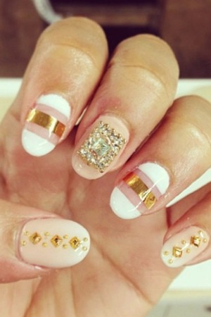 So these are my nails inspired by zendaya from shake it up!!