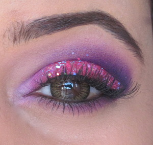A look inspired by the Pink and Purple glittery amazingness that is Barbie :)