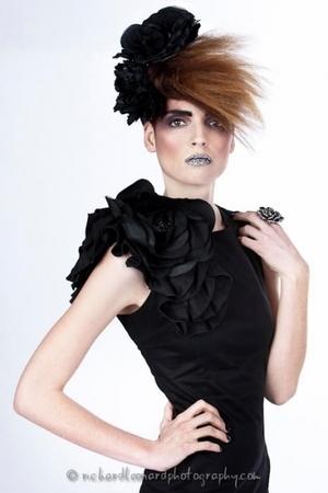 dark eyebrow, short hair, edgy hair cut, hair accessory, avant garde makeup