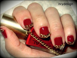 easy decorative nail-art  - brass chain - nail glue ( used for acrylic nail ) - L'oreal 460 Red tote - Revlon top coat