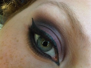 Second photo, it gives a better view of the colors! http://themakeupbloggers.blogspot.com/2012/11/plum.html