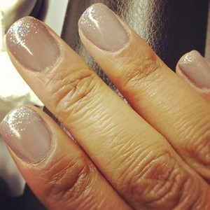 I love nude nails but this time I decided to add a bit of sparkle. Like the results?