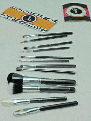 My brushes (: Love them!