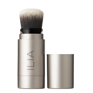 ILIA Flow-Through Soft Focus Finishing Powder